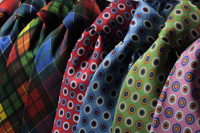 kravaty se vzory