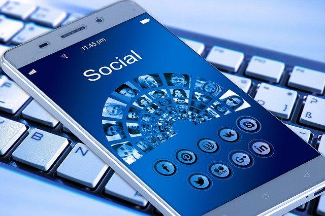Čeho bychom se na Facebooku měli jednou pro vždy vyvarovat?